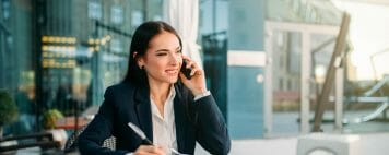 Business woman talking on a mobile phone